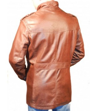 man leather coat model Rima