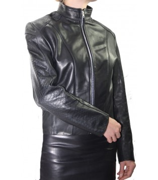 Woman's leather jacket model Doroté