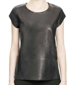 Woman leather tee shirt black model Clea