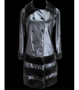 Woman's leather coat model Bya